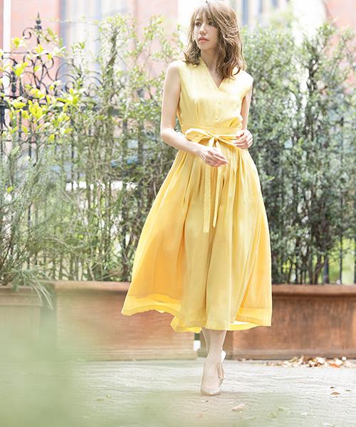 8d5e996266d6b 動く度、緩やかに裾が広がり、女性らしいニュアンスを演出します。上品なシルエットと優しいカラー展開なので、結婚式の二次会やパーティー、謝恩会や食事会などの  ...